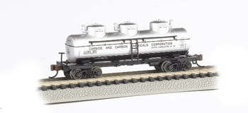 Bachmann 17155 N Scale CARBIDE AND CARBON CHEMICALS - 3-Dome Tank Car
