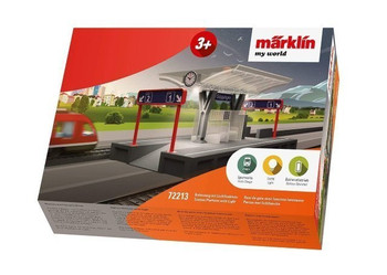 Marklin 72213 STATION PLATFORM W/LIGHTS