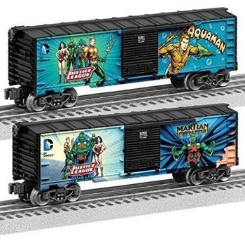 Lionel Justice League Aqua-Man/Martian Manhunter Boxcar (2 Pack)