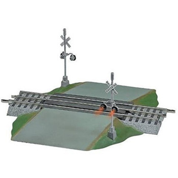 Lionel 12052 O Scale FasTrack Grade Crossing w/ Flashers