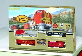 Bachmann 00647 HO Scale Santa Fe Flyer Ready-to-Run Train Set