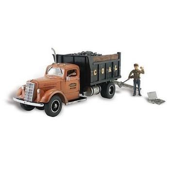 Autoscene Lumpy's Coal Company Truck w/Figures