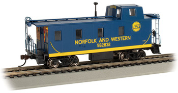 Bachmann 14003 HO Streamlined Caboose with Offset Cupola - Norfolk Western #562832