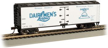 Bachmann 19810 HO Dairymen's League - 40' Wood-side Refrig Box Car