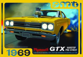 AMT 1180 1:25 1969 Plymouth GTX Hardtop Pro Street Model Kit