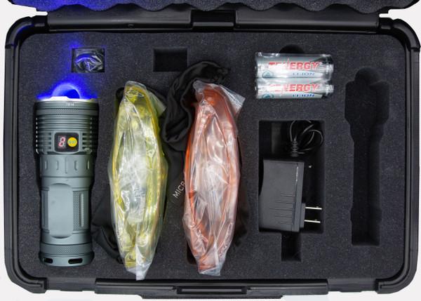 Seven-emitter high-flux selectable 365nm UV / 450nm Blue / Neutral White crime scene flashlight kit