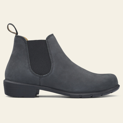 Rustic black ankle boot by Blundstone.