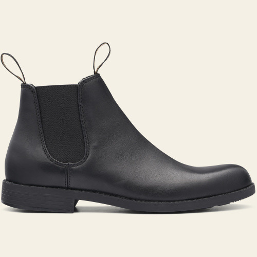 Black pull on dress casual boot by Blundstone.
