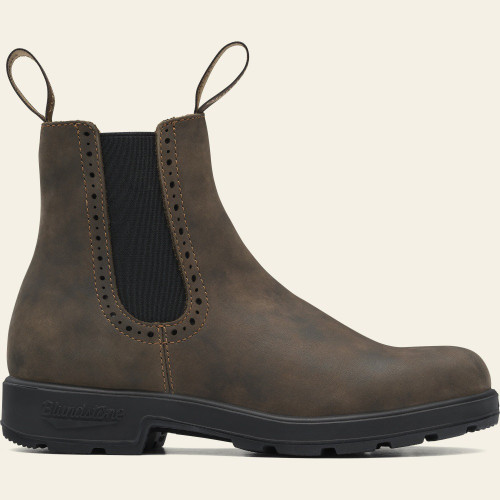 Iconic with a touch of flair, the #1351 boots combine signature rustic brown leather and brogue accent detailing. Designed for superb comfort and durability.