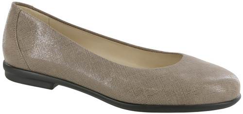 A Fog Colored classic sleek ballet flat with removable footbed.