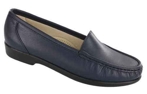 Navy classic moccasin loafer by Sas.