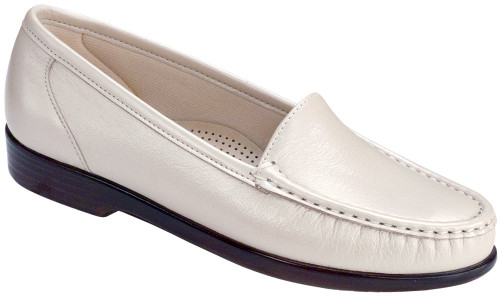 Pearl Bone classic moccasin loafer by Sas.
