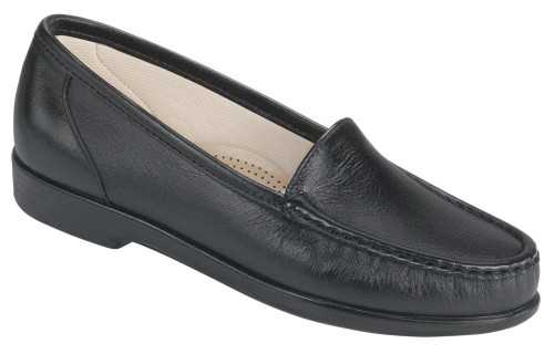 Black classic moccasin loafer by Sas.
