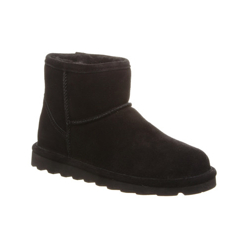 Black ankle boot by Bearpaw.