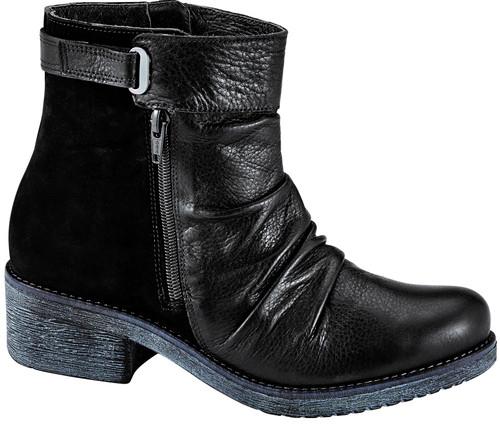 Naot Women's Artsy - Soft Black Leather/Black Velvet