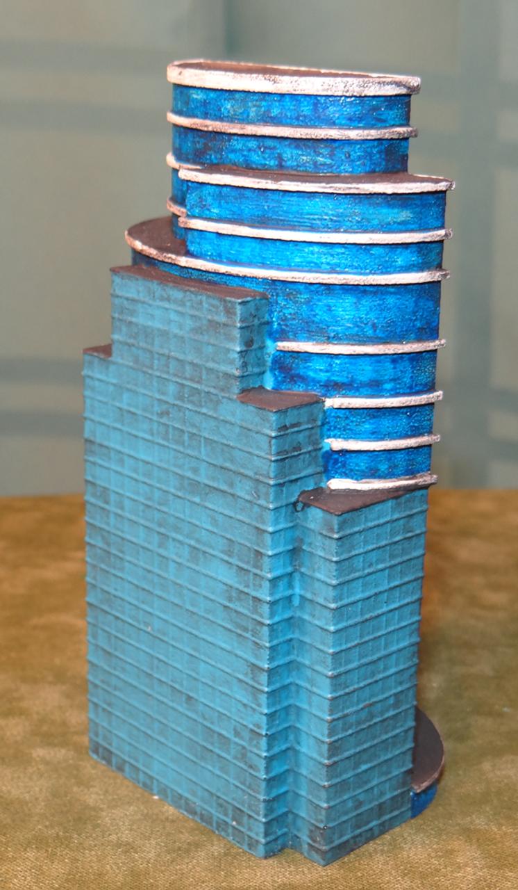 Side view Glass Skyscraper 6mm