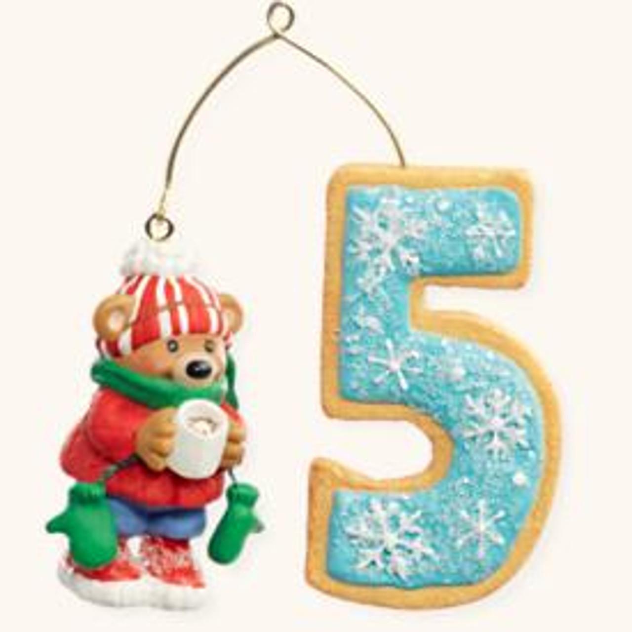 Child/'s Age Collection Hallmark Keepsake Ornament Child/'s Fourth Christmas