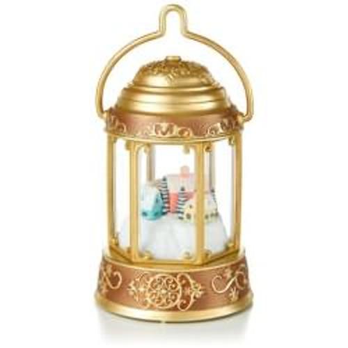 2014 Santas Magic Lantern