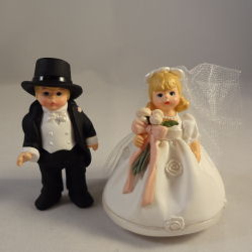 1998 Madame Alexander - Bride And Groom - Set Of 2
