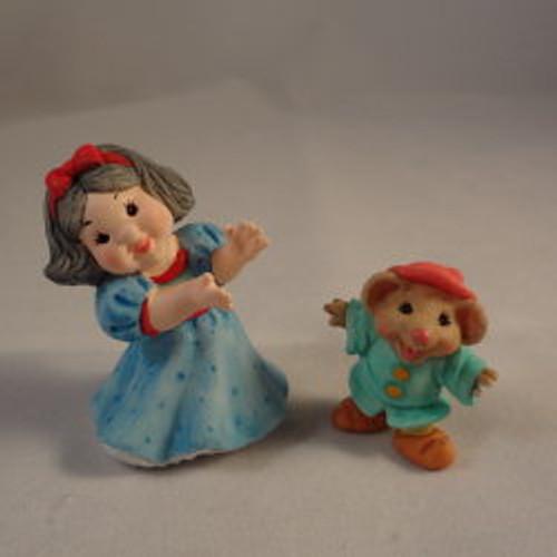 1997 Snow White - Dwarf - 2