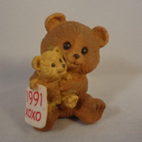 1991 Bears Hugging 1St