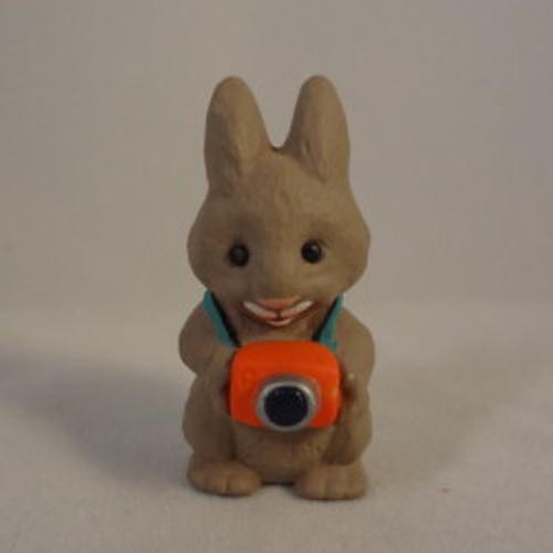 1990 Mini Bunny W Camera