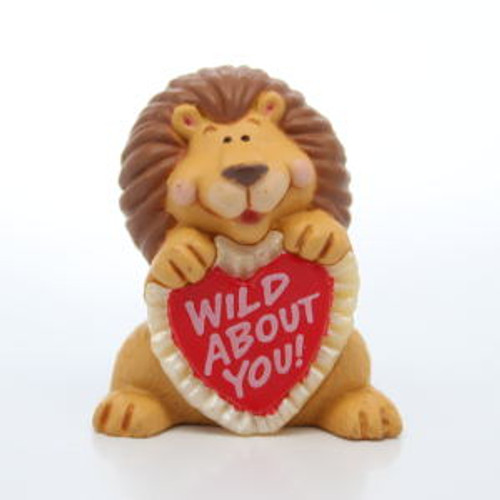 1992 Lion With Red Heart