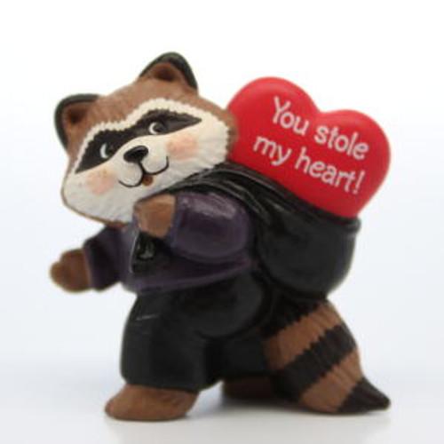 1991 Raccoon Thief
