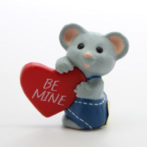 1989 Grey Mouse With Heart