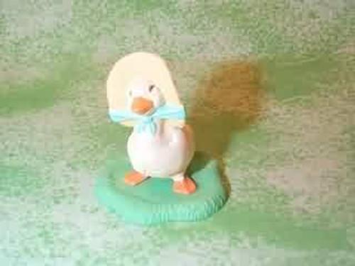 1992 Goose In Bonnet