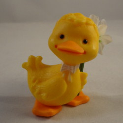 1982 Duck With Daisy Flower