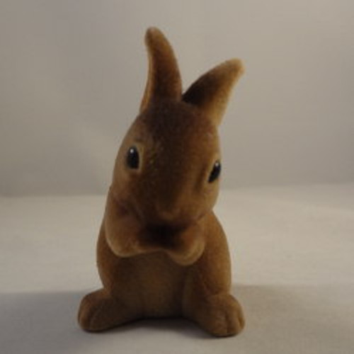 1979 Large Dark Brown Rabbit Eating - Scuffed Nose