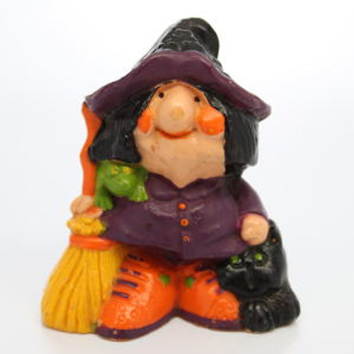 1977 Witch With Puffy Cheeks