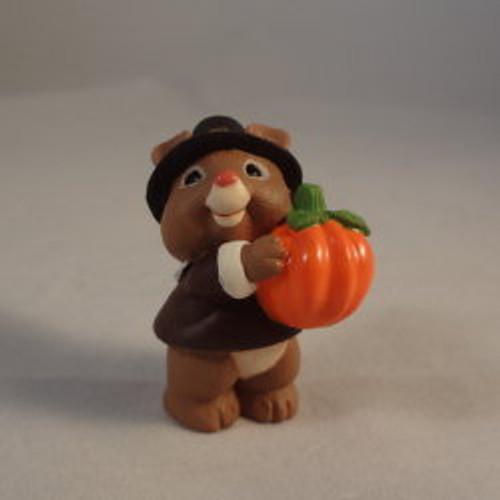 1995 Mouse W Pumpkin