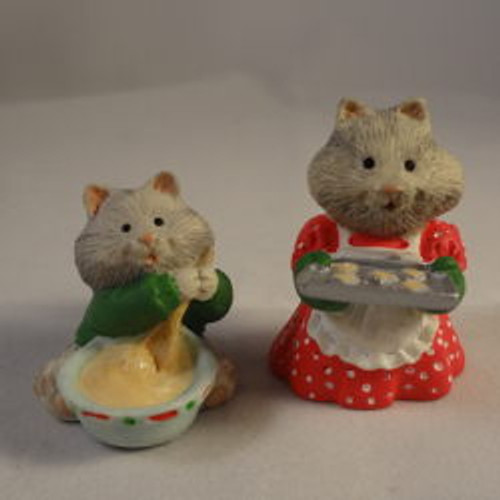 1996 Busy Bakers - Set Of 2