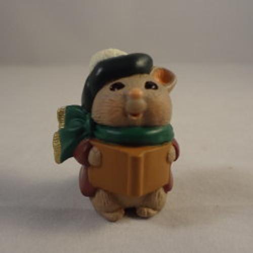 1995 Caroling Mouse