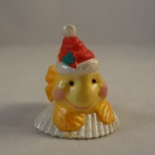 1992 Goldfish With Santa Hat