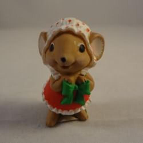 1986 Mrs. Santa Mouse