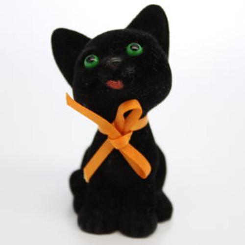 1982 Black Kitten