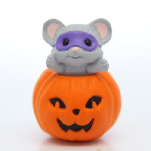 1988 Mouse In Pumpkin