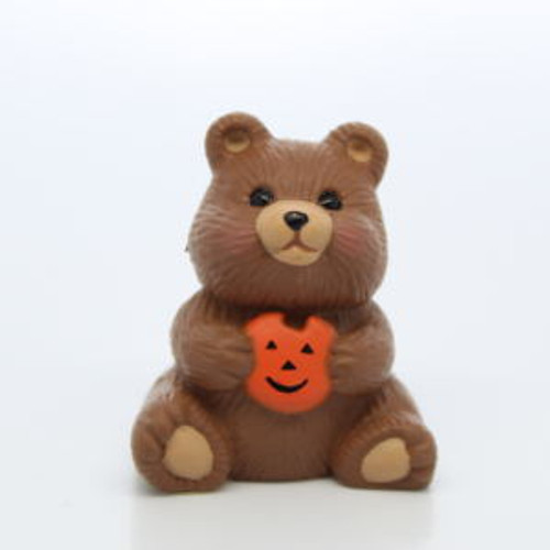 1991 Bear With Pumpkin Cookie