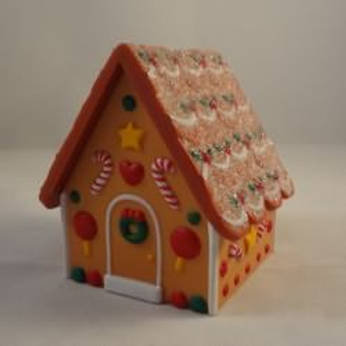 1987 Gingerbread House Container