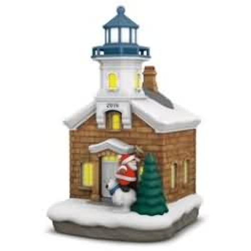 2016 Holiday Lighthouse #5