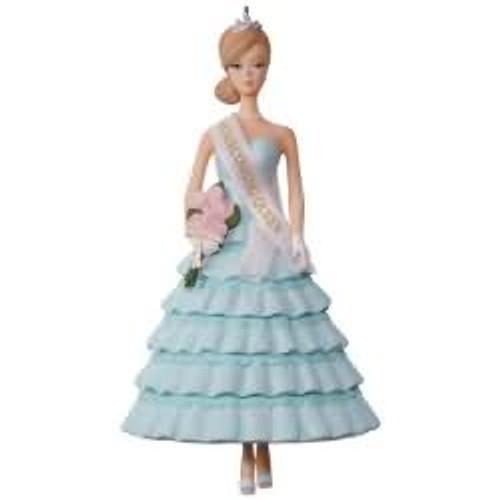 2017 Barbie - Homecoming Queen Barbie Hallmark ornament - QXI3532