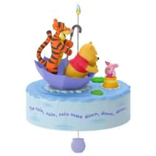 2017 Disney - A Blustery Day - Winnie The Pooh Hallmark ornament - QXD6165