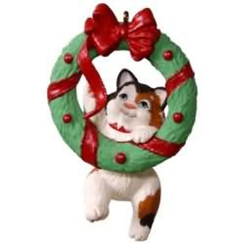 2017 Mischievous Kittens #19 Hallmark ornament - QX9402