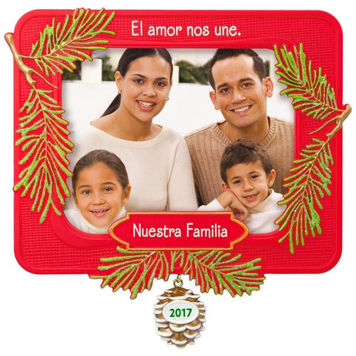 2017 Nuestra Familia Hallmark ornament - QSM7842