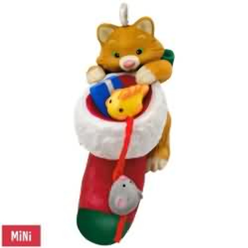 2017 Cute Little Kitten Hallmark ornament