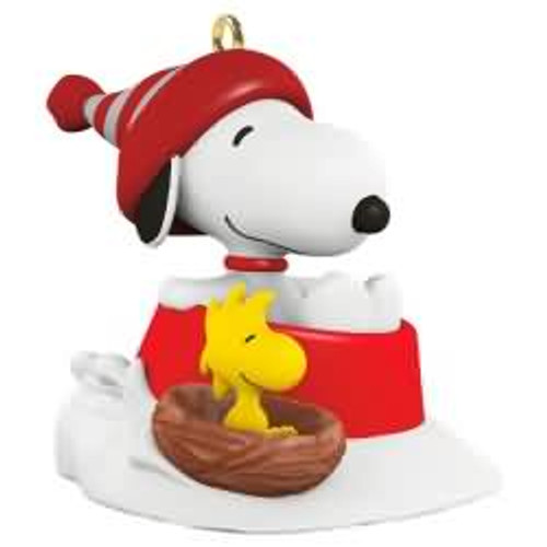 2017 Winter Fun With Snoopy #20 Hallmark ornament