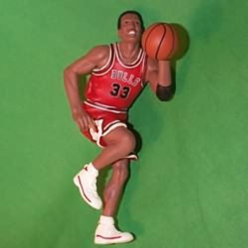 1999 Hoop Stars #5 -Scottie Pippen